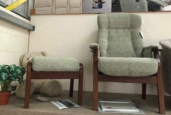 Ex-Display – Randers Fireside Chair and Stool
