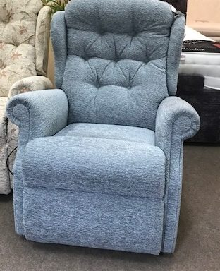 Ex-Display – Woburn Low Profile Rise and Recliner Chair