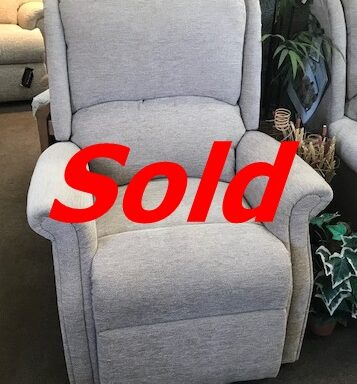 Ex-Display – Celebrity Powered Recliner Chair