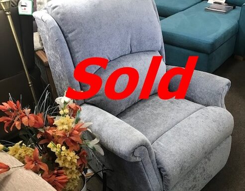 Ex-Display – Petite Sized Lift & Rise Recliner Chair by Celebrity